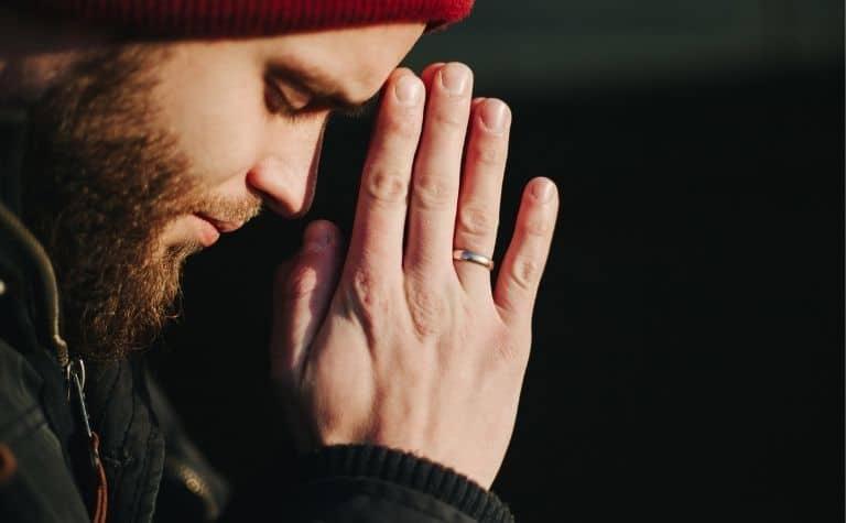 Lutheran man praying