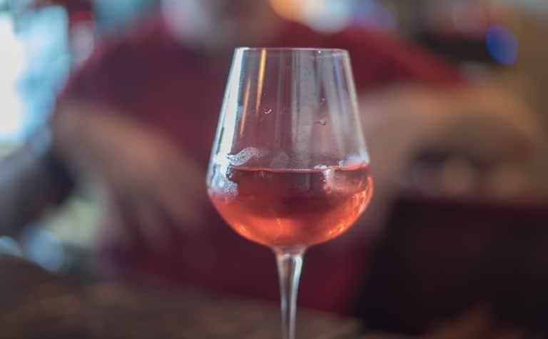 rose colored wine