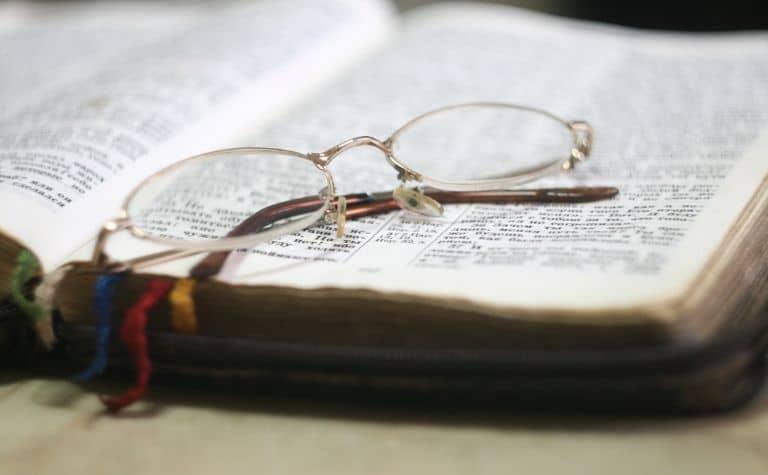 Assemblies of God vs Baptist comparison