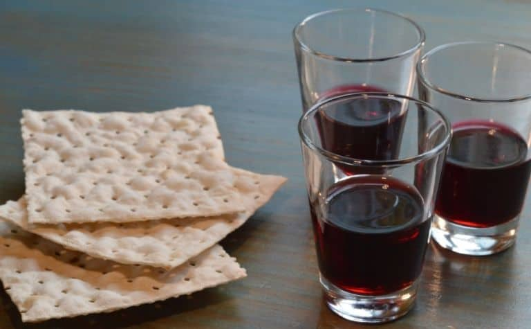 Bread and cup of Christian communion