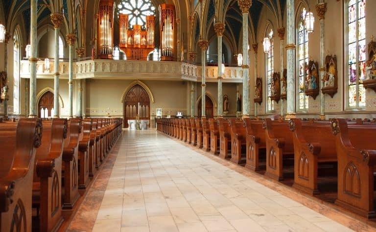 Non-denominational churches
