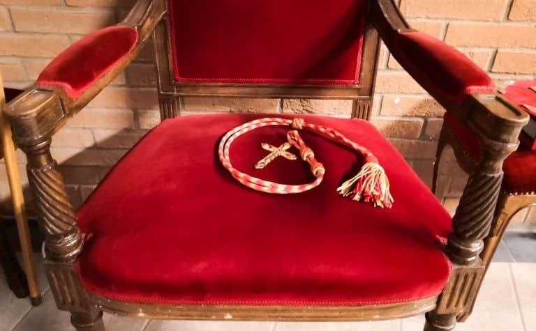 Cardinal rosary